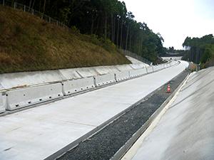 西九州自動車道の開通に向けて全力投球